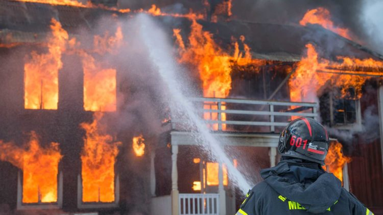 How to Stay Safe from Asbestos After a Fire